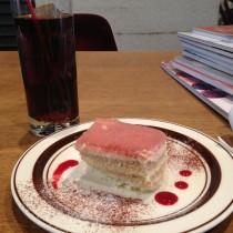 OnEdrop cafe.の美味しいコーヒーとケーキも楽しみました。