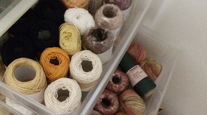 毛糸や道具、どこで買う?