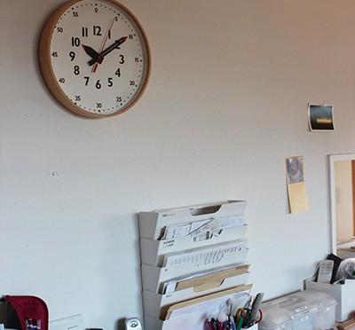 時計が読めるようになる壁掛け時計:fun pun clock