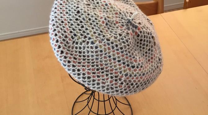 ダブルフックアフガン編みのベレー帽